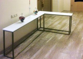 Дизайнерская мебель (угловая консоль, материал металл, ДСП)